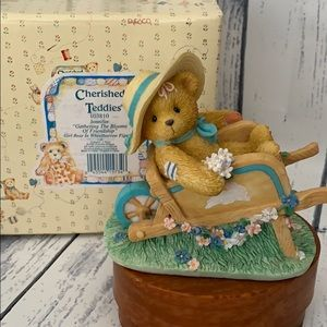 Cherished teddy Jennifer